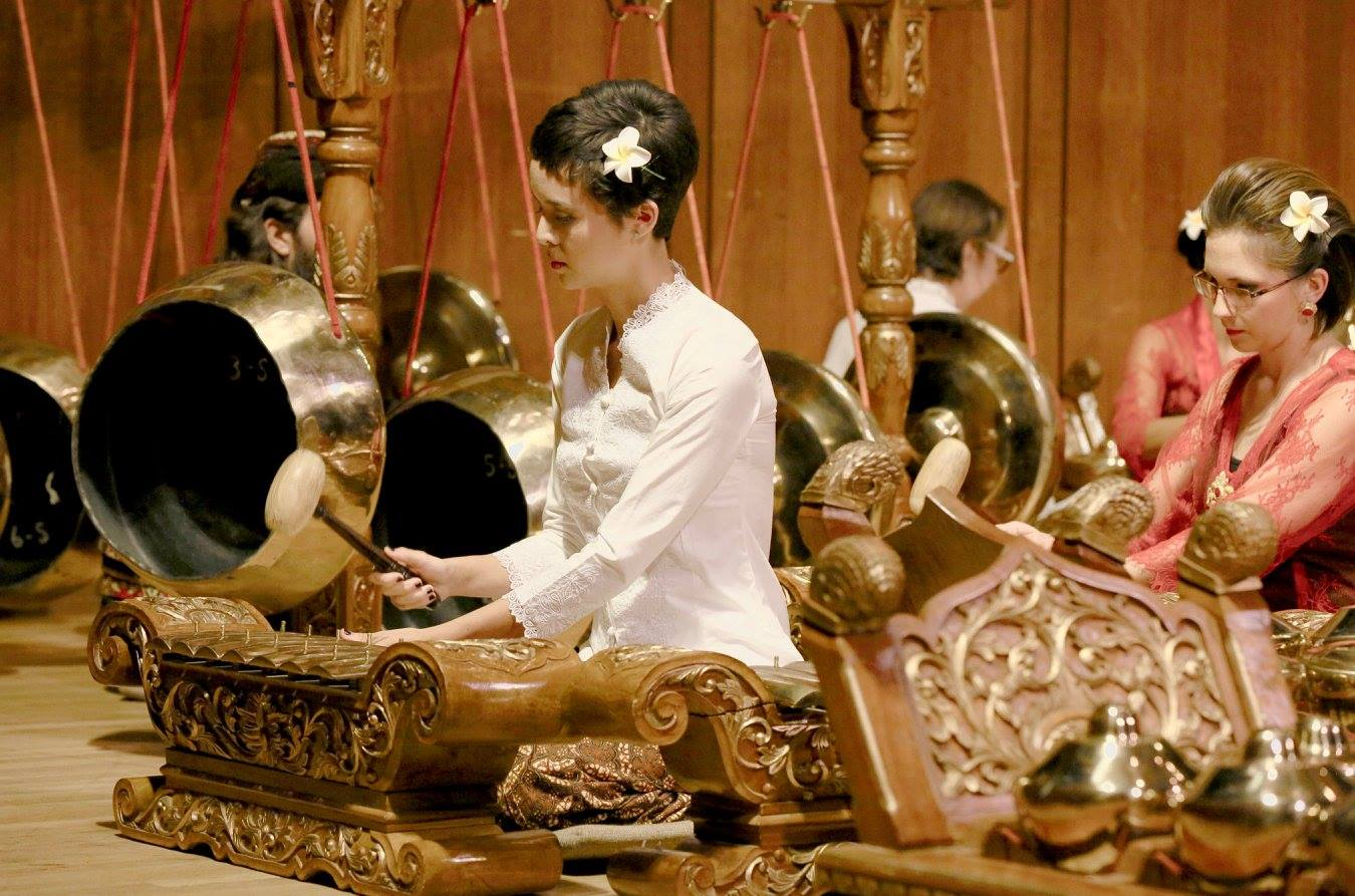 Saron with Gamelan Kyahi Rosowibowo