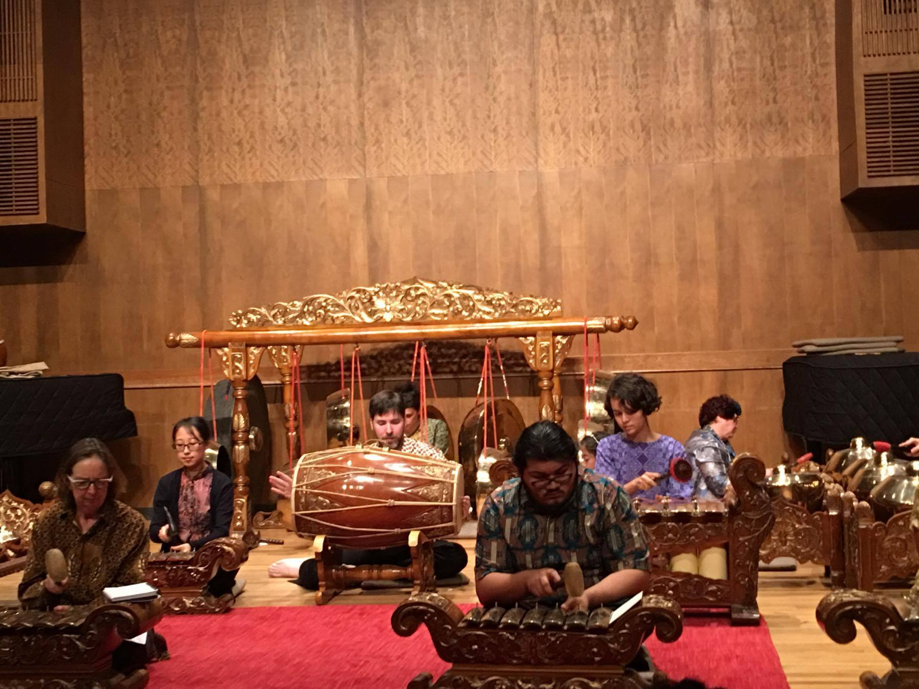 Slenthem with Gamelan Kyahi Rosowibowo